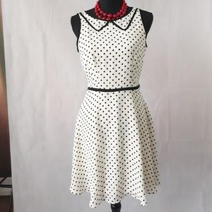 Dresses & Skirts - White-black polka dot sleeveless dress
